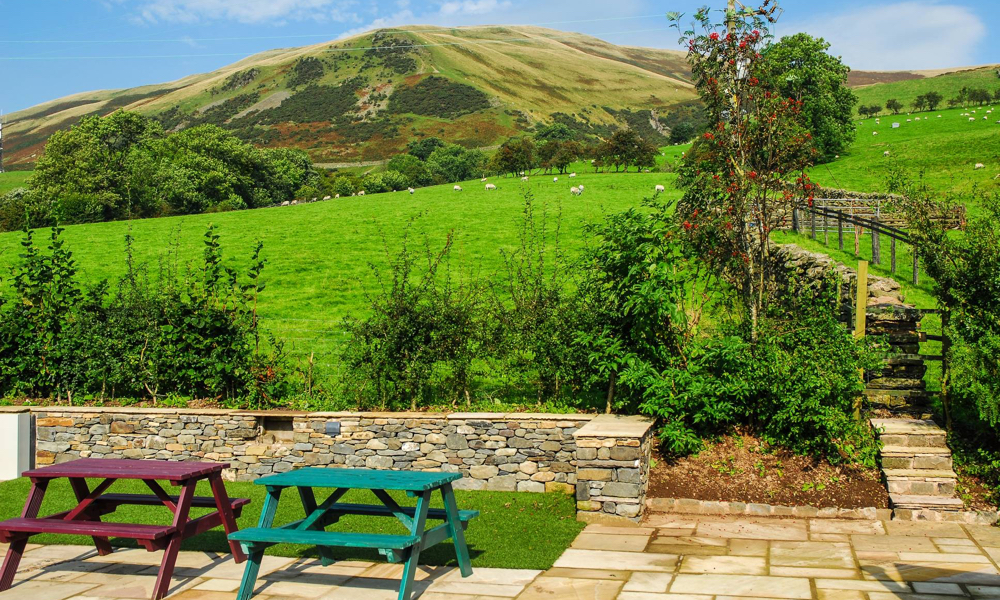 Howgills%20Barn%20Views,%201000%20x%20600